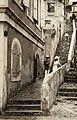 Collectie Nationaal Museum van Wereldculturen TM-60062038 Steile straat in Charlotte Amalia Trinidad en Tobago fotograaf niet bekend.jpg