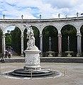 Colonnade1.jpg