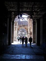 Colosseum (Rome) 10.jpg