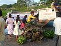 Commerce de communautés indigènes.JPG
