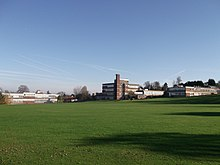 Croydon High School and playing fields (geograph 2694836).jpg