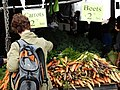 Customer at Organic Market - Prospect Park - Brooklyn - New York - USA (10389382485).jpg