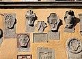 Cutigliano, palazzo dei capitani della montagna, stemmi 16.jpg