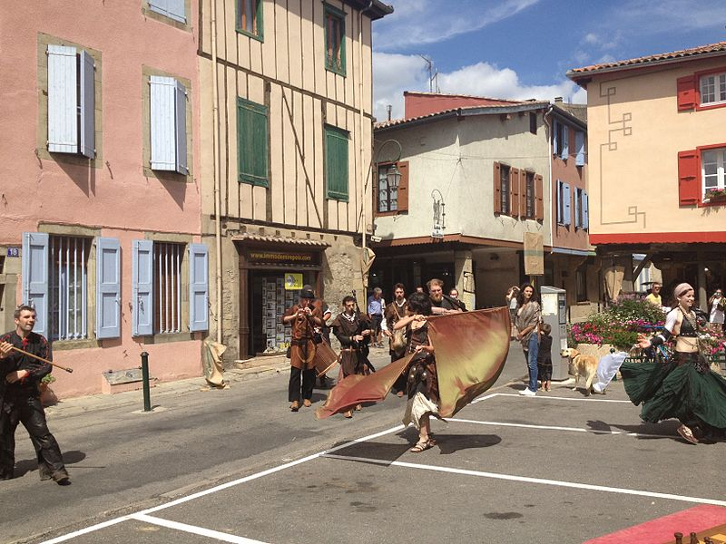 Dancers at the medieval faire in Mirepoix