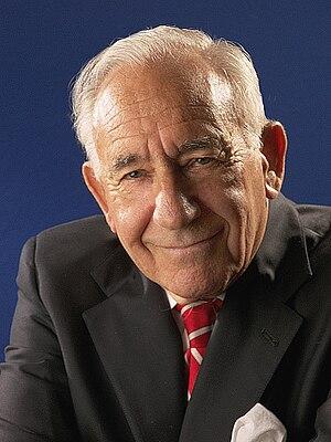 David Kahn (writer)