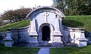 Edward Delafield - Delafield Family Mausoleum(close)