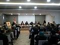 Delanda Larguech fait son hommage à Noura Borsali au Credif 2. Tunis, le 10 janvier 2017.jpg