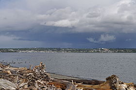 Des Moines, WA from Point Robinson 01.jpg