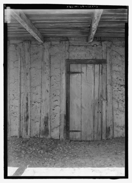 File:Detail view of east elevation door, with scale - Badin-Roque House, State Highway 484, Natchez, Natchitoches Parish, LA HABS LA-1294-6.tif