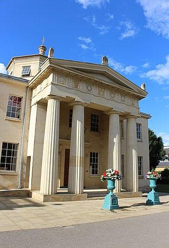 Quinlan Terry - The 1992 Maitland Robinson Library at Downing College, Cambridge, designed by Terry
