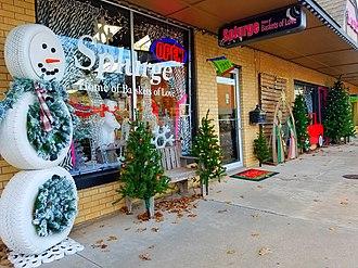 Bethany, Oklahoma - Image: Downtown Bethany December 17, 2017