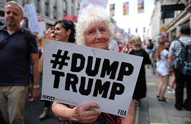 Dump Trump !, From WikimediaPhotos