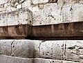 Duomo di isernia, esterno, podio a doppio cuscino del tempio italico precedente, III secolo ac. 06.jpg