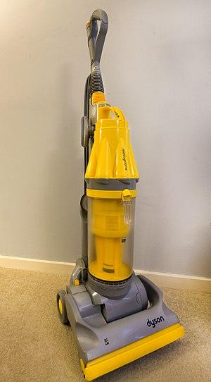 Dyson (company) - Dyson DC07 Vacuum Cleaner