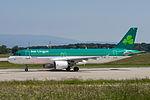 EI-DEL Airbus A320-214 A320 - EIN (18853558995).jpg