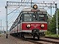 EN57-1300, Польша, Подляское воеводство, станция Кузница-Белостокская (Trainpix 149635).jpg