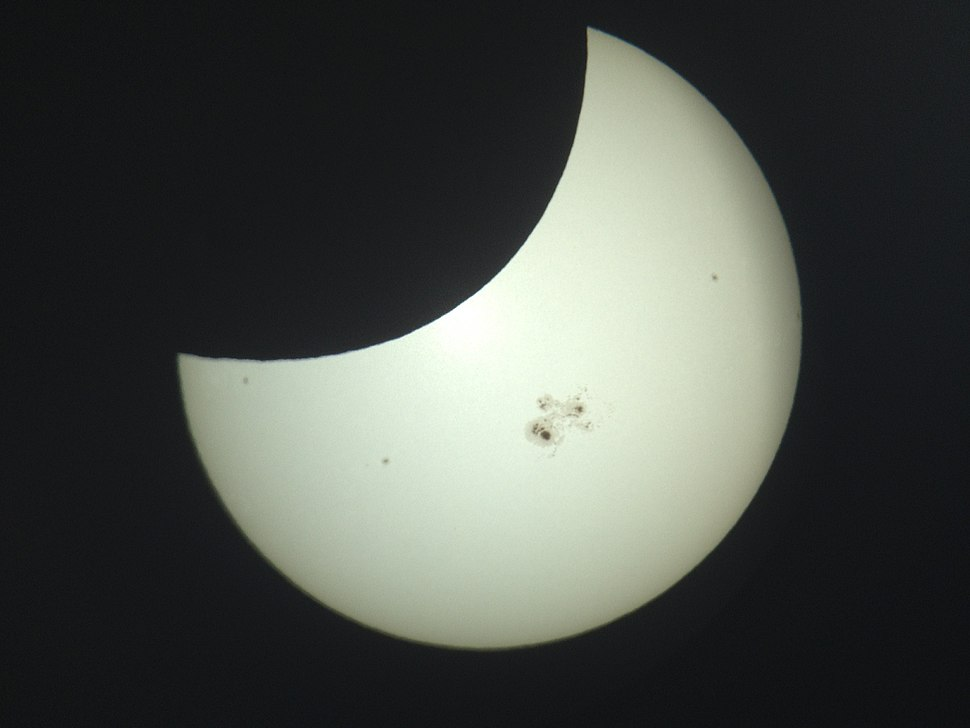 Eclipse IMG 0716 (15442207687)