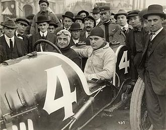 Eddie Pullen - Pullen at the wheel of his Mercer before the 1915 American Grand Prize.