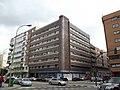 Edificio en la esquina de la calle Potosí con la calle Ramón de Santillán.JPG