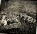 Einschlag einer italienischen 28cm-Granate nach Kote 464 bei Fajti hrib (BildID 15595636).jpg