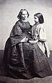 Elisabeth Grahl mit Enklin Else Rethel 1858.jpg