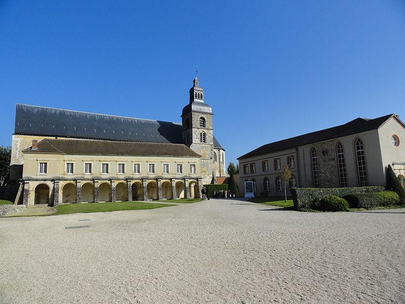 Vue d'ensemble des bâtiments actuels de l'ancienne abbaye d'Hautvillers.