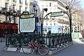 Entrée métro Temple Paris 5.jpg