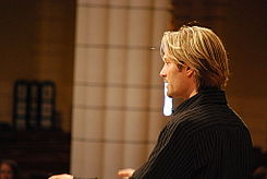 Eric Whitacre conducts students.jpg