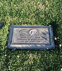 Ernie Kovacs Grave.JPG