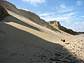 Eroding cliffs at West Runton beach - geograph.org.uk - 1479116.jpg