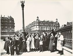 Eugène Atget photo of eclipse of April 17, 1912 in Paris
