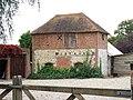 Farm Building at Pembles Oast Farm - geograph.org.uk - 1129116.jpg