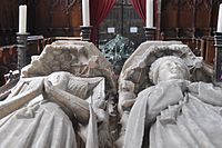 Fitzalan Chapel at Arundel Castle - Statues 2.jpg
