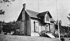 Fort Dalles - Image: Fort Dalles Surgeons Quarters historic