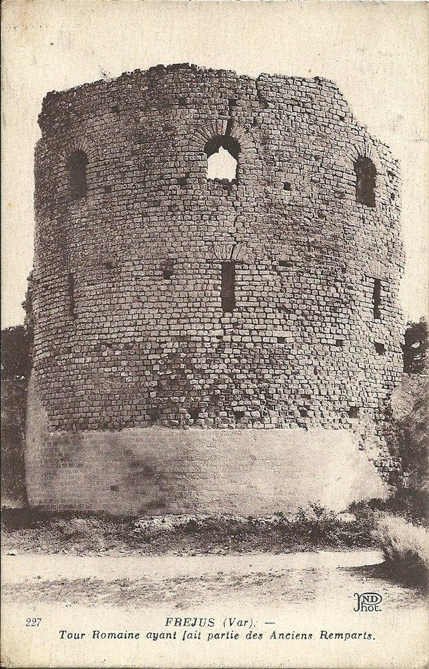 Monument historique à Fréjus
