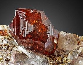 Granate Mineral Wikipedia La Enciclopedia Libre
