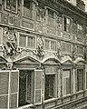 Genova Particolari della facciata del palazzo Imperiali.jpg