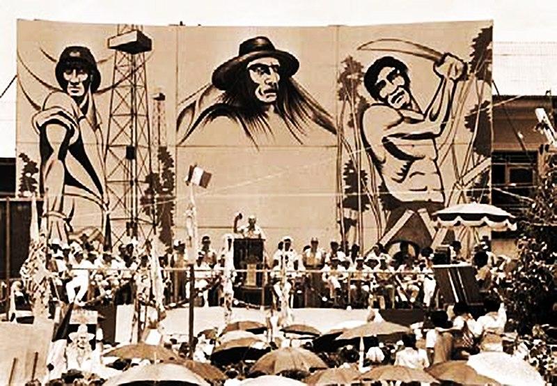 Gobierno Militar hablando en un escenario. Autor: Nando M. G, 1968. Fuente: Flickr (CC BY 2.0)