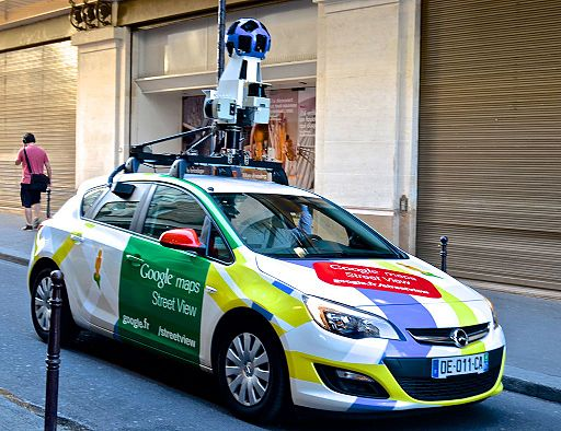 Google maps car, Paris May 2014
