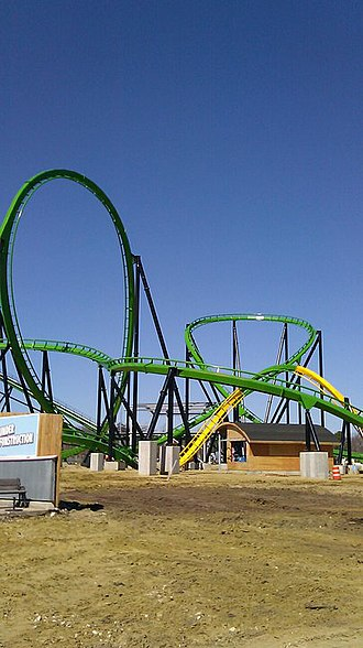 Six Flags Great Adventure - Green Lantern construction