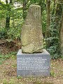 Groesbeek (NL) Bisseltsebaan 30, de steen met sokkel.JPG
