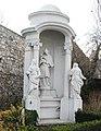 GuentherZ 2011-03-12 0055 Wiener Neustadt JN-Platz JN-Kapelle Statue Johannes Nepomuk.jpg