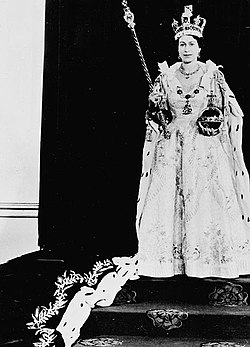 H.M. Queen Elizabeth II wearing her Coronation robes and regalia - S.M. la Reine Elizabeth II portant sa robe de couronnement et les insignes royaux.jpg
