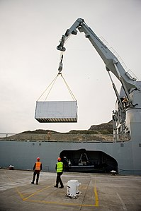 HMNZS CANTERBURY Unloads in Lyttelton - Flickr - NZ Defence Force.jpg
