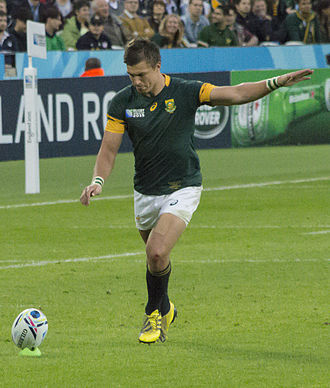 Handré Pollard - Pollard about to kick a conversion at the 2015 Rugby World Cup
