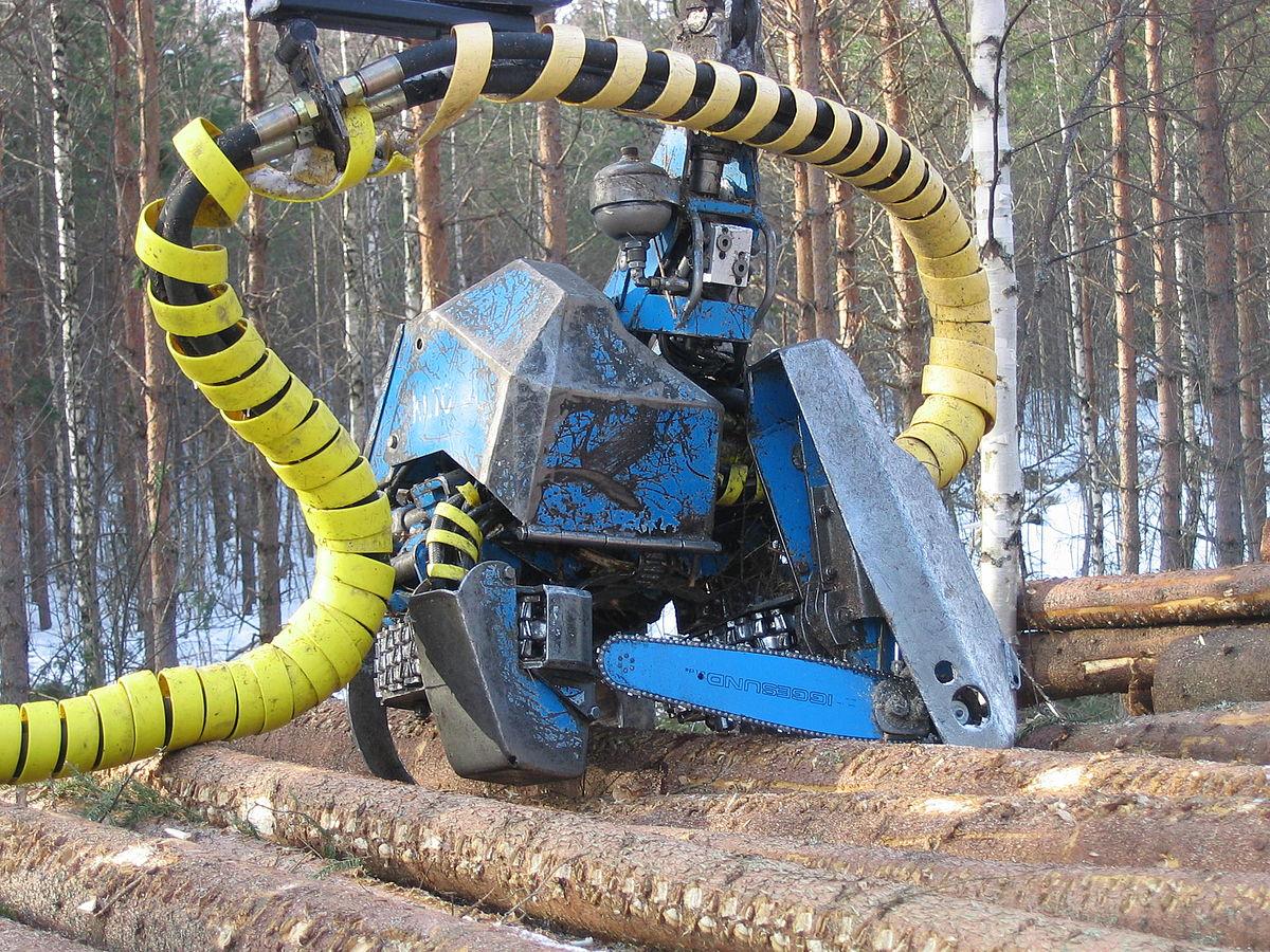 tracteur forestier canadien