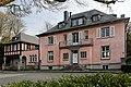 Haus Meliesallee 1 in Duesseldorf-Benrath, von Nordwesten.jpg