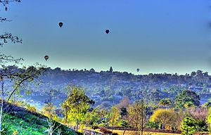 Olivenhain, Encinitas, California - Image: Hot Air Balloons over Olivenhain CA 2