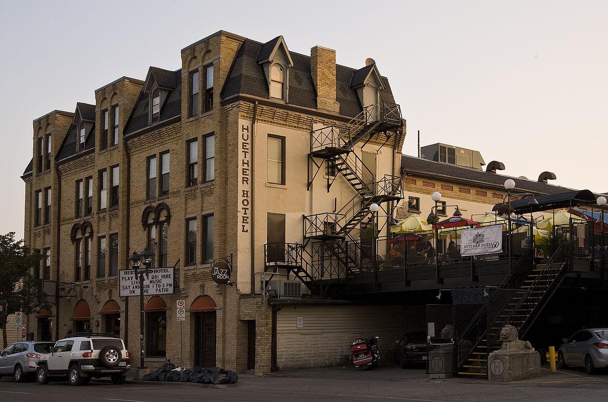 Huether Hotel - Wikipedia