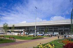 Hungary Szolnok railway station and Jubilee Square Nr01.jpg